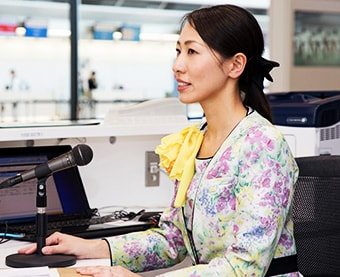 Handling of announcements inside the airport